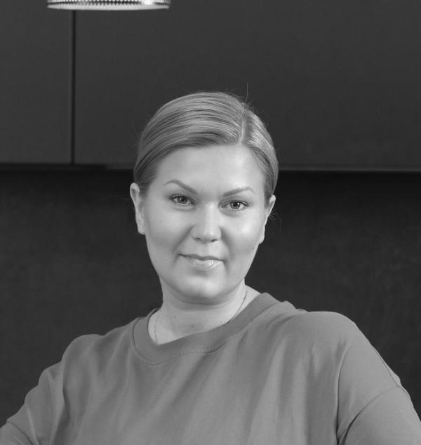 Kiinteistönvälittäjä Juulia Ferm